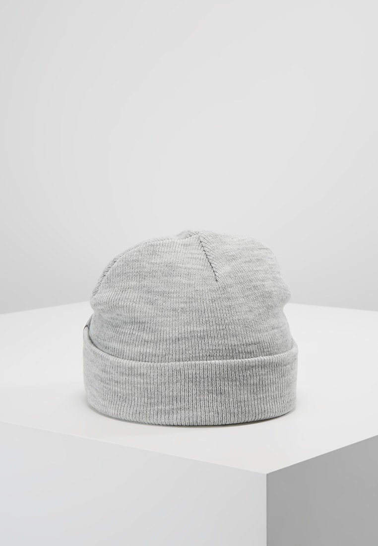 Шапка Carhartt Stratus Hat Low купить в Boardshop №1